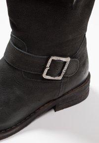 Felmini - GREDO - Cowboy/biker ankle boot - pacific black - 2
