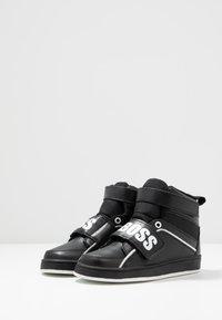 BOSS Kidswear - TURNSCHUHE - Sneaker high - schwarz - 3