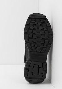 Kappa - RAVE NC - Scarpe da fitness - black - 4
