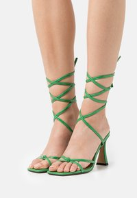 Topshop - RALLY MID ANKLE TIE - Sandalen - green - 0