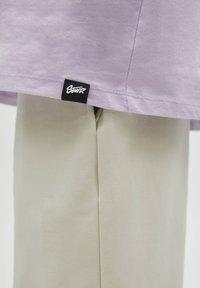 PULL&BEAR - Print T-shirt - purple - 6
