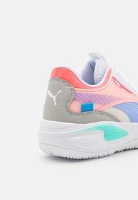 Puma - COURT RIDER TWO FOLD JR UNISEX - Basketball shoes - lilac - 5