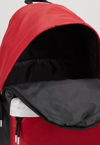 Jordan - AJ PACK - Rucksack - black/gym red - 4
