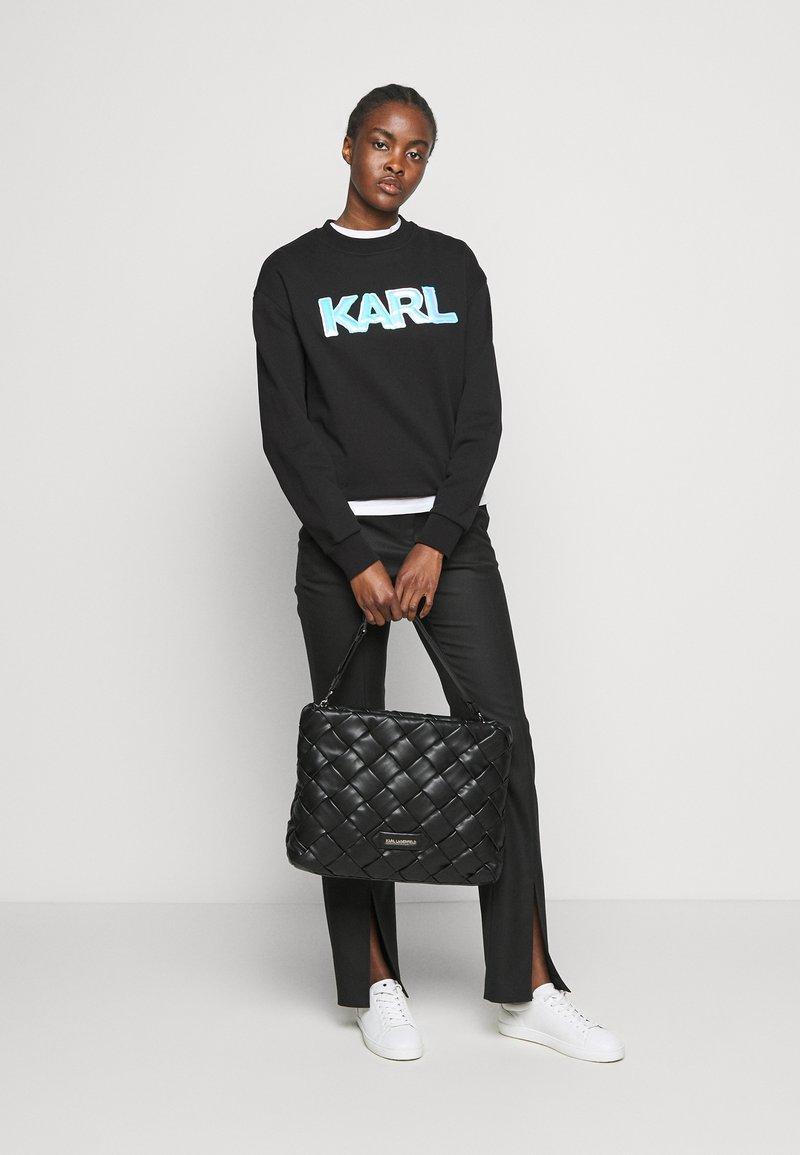 KARL LAGERFELD - KUSHION BRAID TOTE - Handbag - black