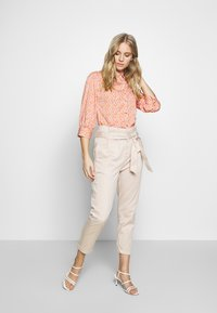 esmé studios - ZOEY BLOUSE - Button-down blouse - carnelian - 1