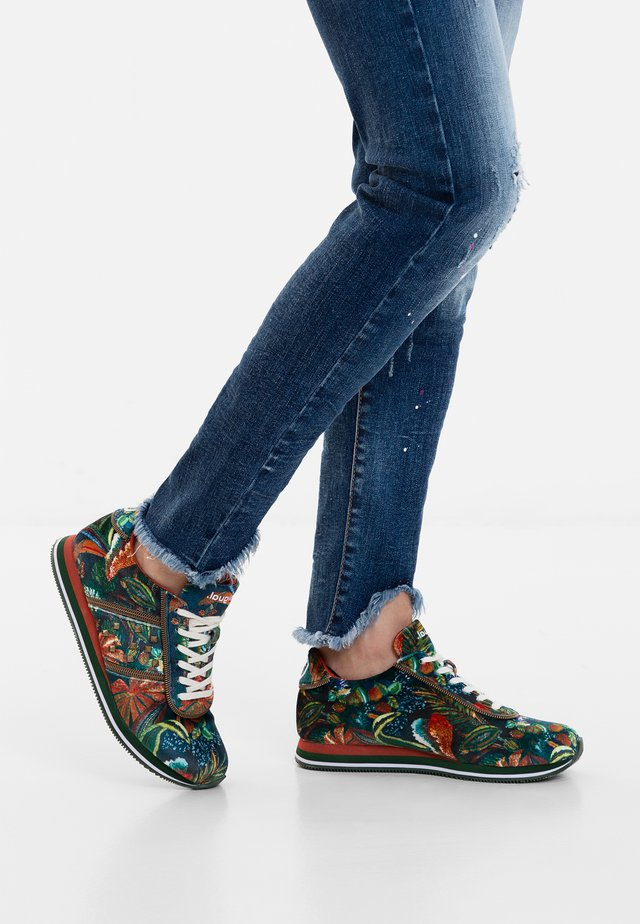 PEGASO_JUNGLE - Zapatillas - green