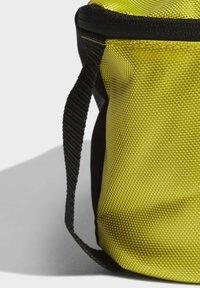adidas Performance - JUVE WASHKIT - Wash bag - yellow - 5