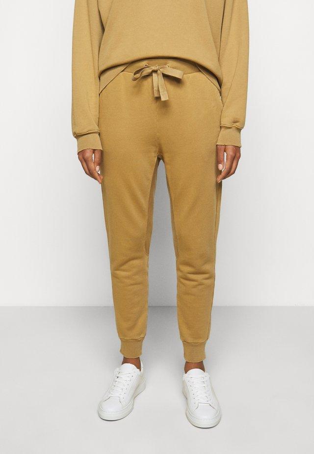 Teplákové kalhoty - vintage camel