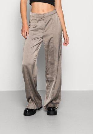 HAMILTON PANTS  - Broek - dark grey