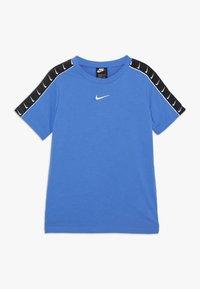 Nike Sportswear - TEE TAPE - Triko spotiskem - pacific blue - 0