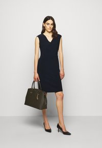 Lauren Ralph Lauren - BONDED DRESS - Pouzdrové šaty - lighthouse navy - 1