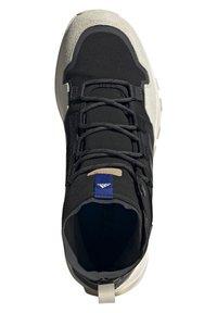 adidas Performance - TERREX HIKSTER MID - Scarpa da hiking - core black/grey six/white - 1