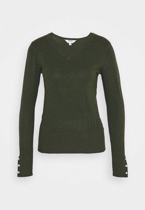 PEARL V NECK JUMPER - Trui - forrest green