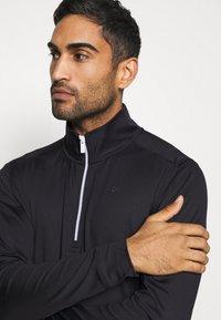 Calvin Klein Golf - ORBIT HALF ZIP - Top sdlouhým rukávem - black/red - 3