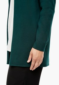 Triangle - Cardigan - emerald - 6