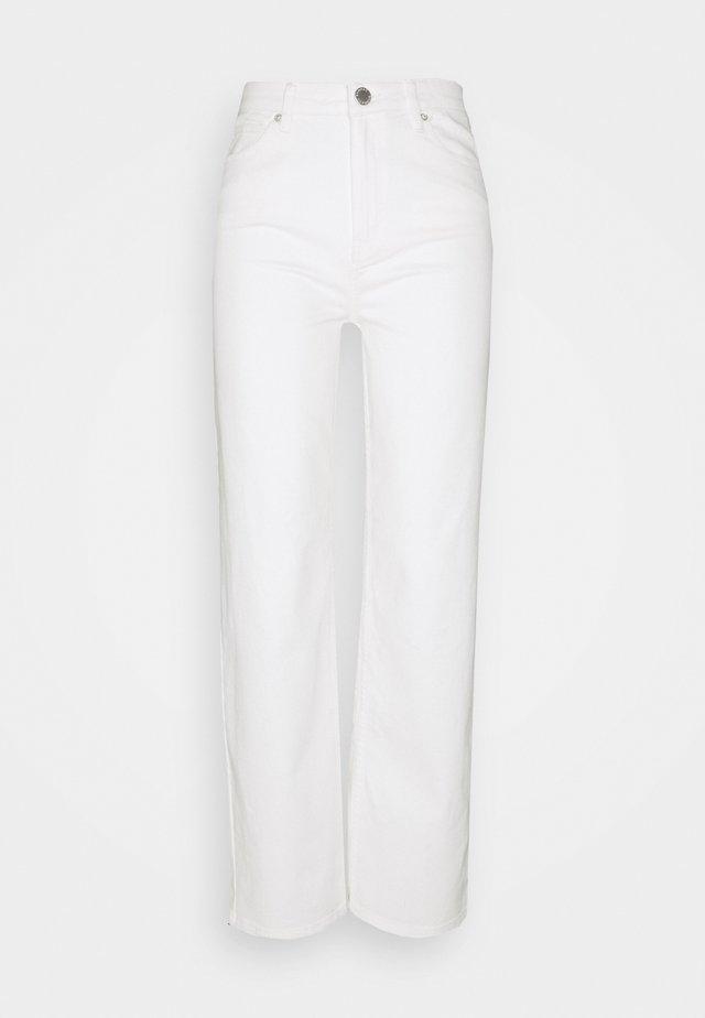 RAVEN THINKTWICE - Jeans Straight Leg - bright white