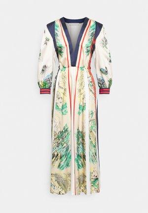 Robe longue - fantasy
