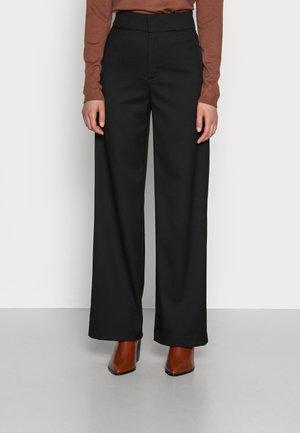 TROUSERS LYKKE - Pantaloni - black