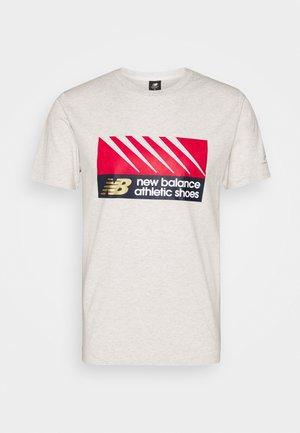 ATHLETICS VILLAGE TEE - T-shirt imprimé - mottled grey