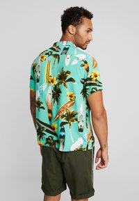 New Look - SURF BOARD TROPICAL - Shirt - turquoise - 2