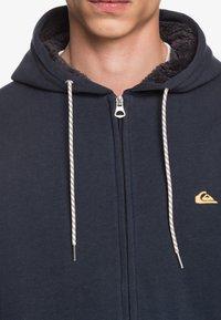Quiksilver - MIT SHERPA-FUTTER UND - Zip-up hoodie - navy blazer - 3