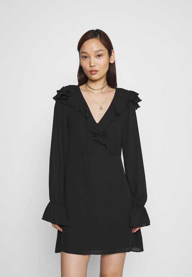 WRAPPED FRILL DRESS - Sukienka letnia - black