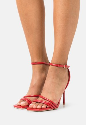 RUPIKA - Sandaler - red