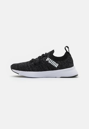 FLYER RUNNER ENGINEER - Neutral running shoes - black/asphalt/white
