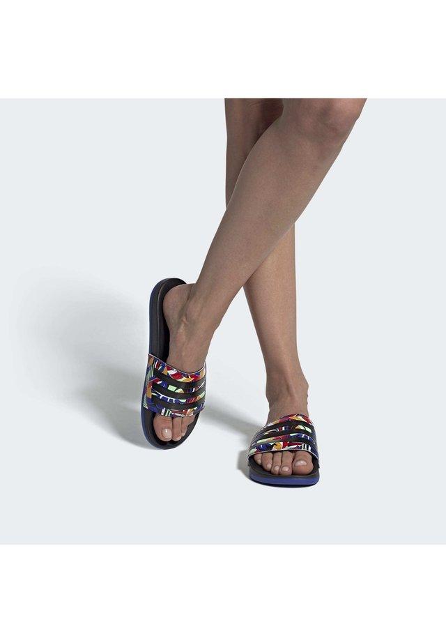 COMFORT - Sandały kąpielowe - black
