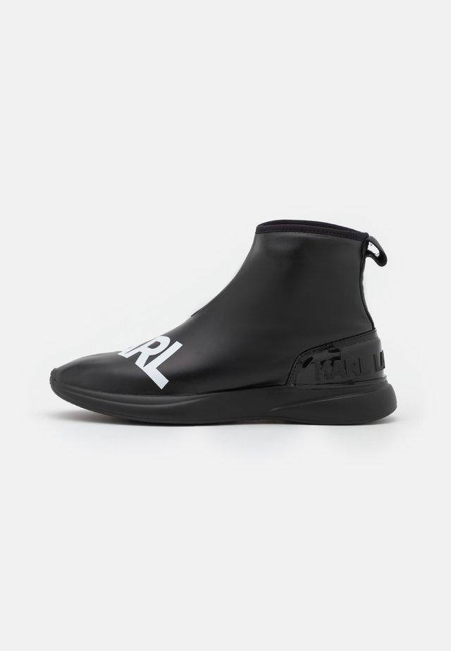 FINESSE LEGERE STRETCH - Kotníková obuv - black