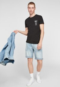 Q/S designed by - Print T-shirt - black - 4