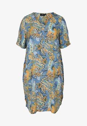 MIT KNÖPFEN - Robe d'été - blue