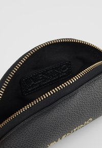 Valentino Bags - SUPERMAN - Wash bag - black - 5