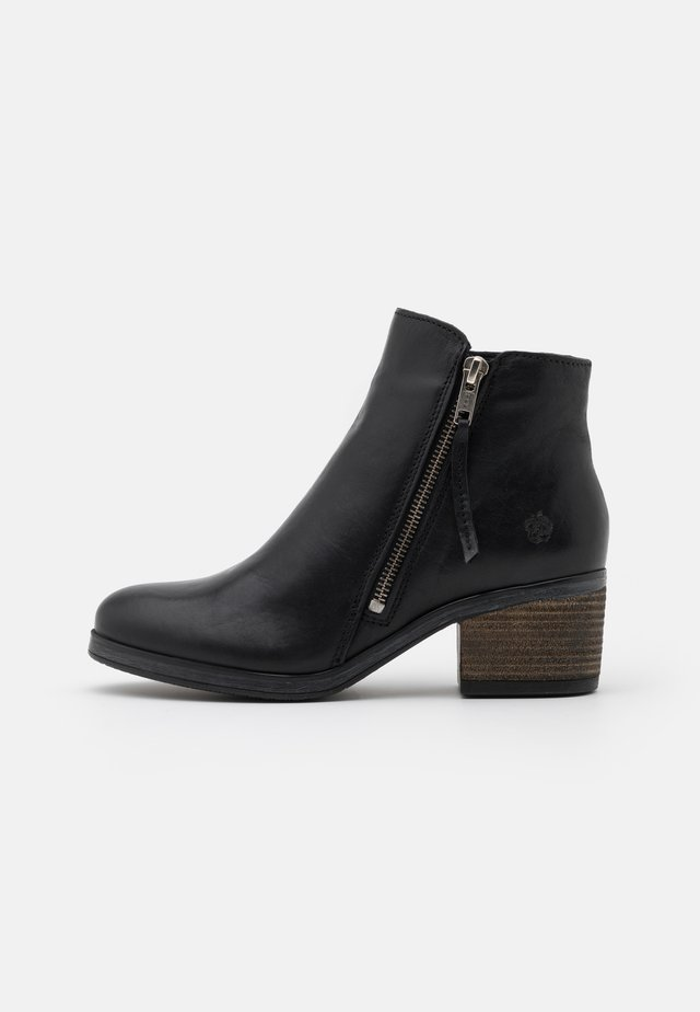 LOTTE - Ankle boots - black