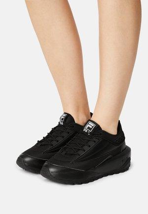 THROCKET - Trainers - black