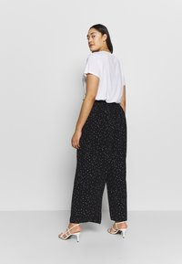 Dorothy Perkins Curve - PALAZZO - Trousers - black - 2