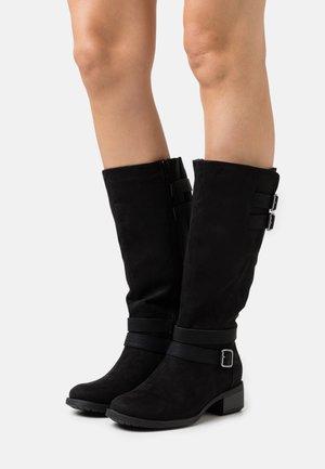 WIDE FIT RIDER BOOT - Vysoká obuv - black