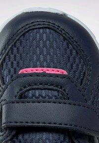 Reebok - Stabilty running shoes - blue - 8