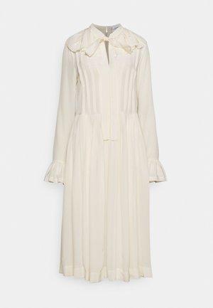 PLEATED TEA DRESS - Blousejurk - vanilla