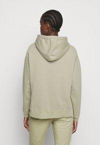 CLOSED - Sweater - green bark - 2