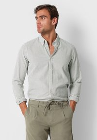 Scalpers - SCALPERS TEXTURED STRIPED SHIRT - Shirt - khaki stripes - 0