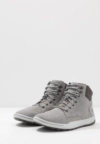 Cat Footwear - COLFAX MID - Korkeavartiset tennarit - wild dove - 2
