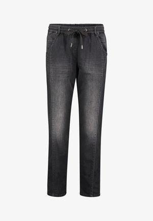 MIT WASCHUNG - Slim fit jeans - black denim
