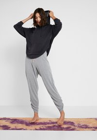 Free People - FP MOVEMENT READY TO GO PANT - Træningsbukser - grey - 1