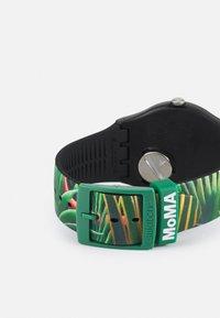 Swatch - THE DREAM BY HENRI ROUSSEAU THE WATCH UNISEX - Klocka - green - 1