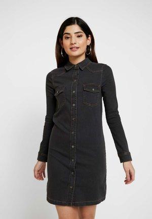 DRESS - Sukienka jeansowa - grey dark wash