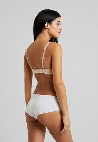 Esprit - MACKAY UNDERWIRE - Underwired bra - pastel orange - 2
