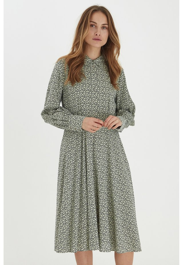 PZCELINE - Sukienka koszulowa - desert sage printed