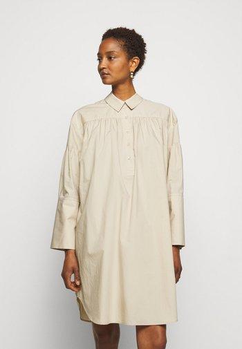 NIKOLANA - Shirt dress - nature