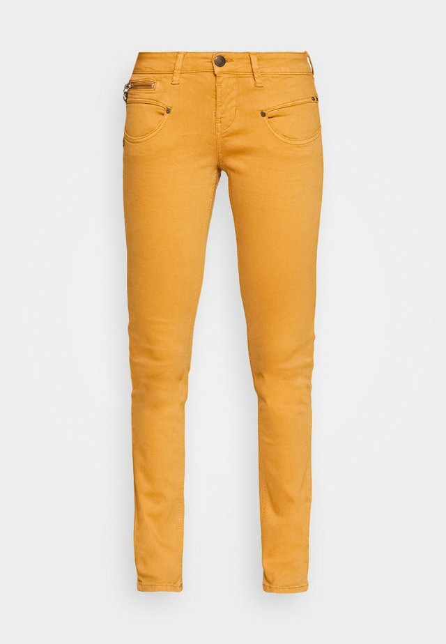 ALEXA NEW MAGIC COLOR - Jeans Skinny Fit - pumpskin spice